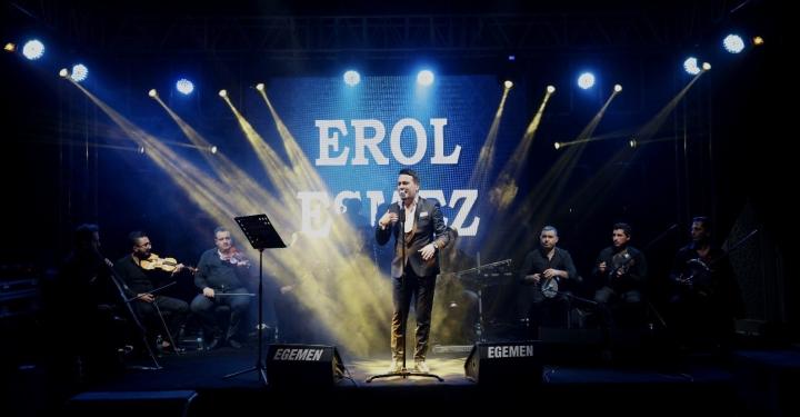 Müzik ve Sanat hayatı ile Erol Esmez..
