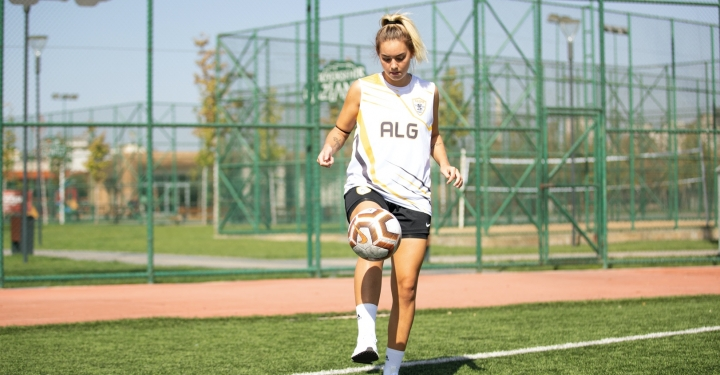 Survivor'dan Gaziantep'e,  Aycan Yanaç ALG Spor'da ( Face Röportaj )